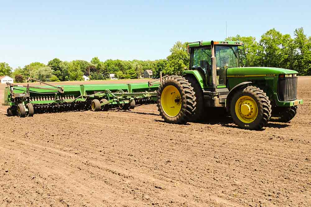 Farm crops planting in Maryland by Warfield Brothers Farm